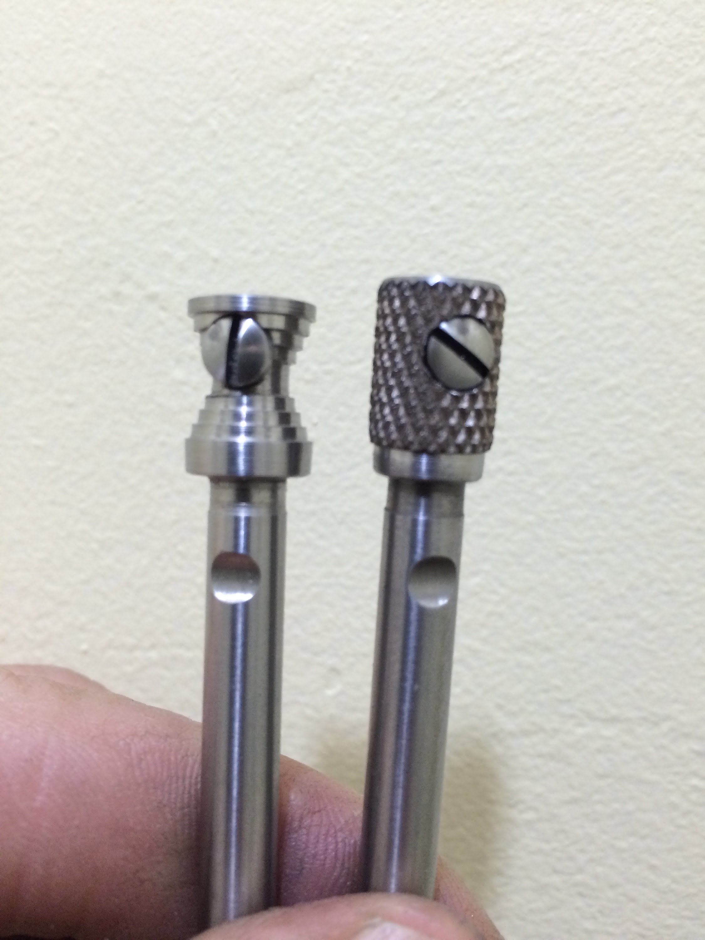 Two styles of Base Pin for the Ruger Bisley 454 and 480